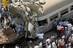 Restos de los trenes siniestrados. (Foto: AFP)
