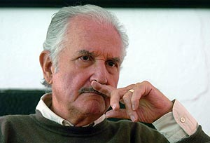 Carlos Fuentes, uno de los autores que lanza libro. (Foto: EFE)