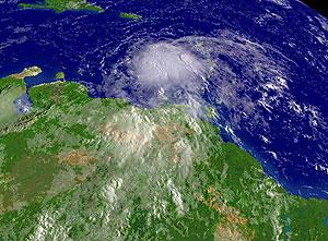 Imagen de satélite de 'Ernesto'. (Foto: AFP)