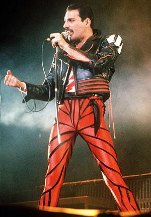 Freddie Mercury, en un concierto de 1985. (Foto: AP)