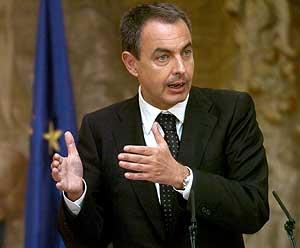 Rodríguez Zapatero, este jueves en Moncloa. (Foto: EFE)