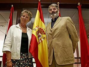 Los eurodiputados Margarete Auken (izda.) y Proinsias de Rossa. (Foto: Jaime Villanueva)