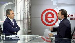 Rajoy responde a las preguntas de Iñaki Gabilondo. (Foto: Cuatro)