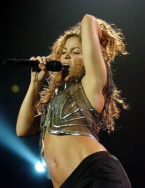 Shakira el pasado día 13 durante una actuación en Florida. (Foto: EFE)