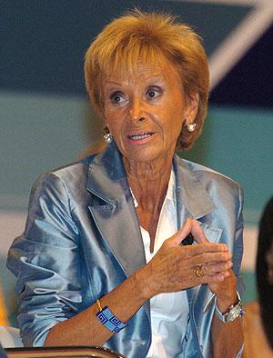 María Teresa Fernández de la Vega en el foro sobre políticas de igualdad. (Foto: EFE)