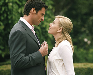 Johansson y Hugh Jackman, en el filme.