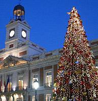 Árbol de navidad de la Puerta del Sol. (Foto: Luis Carlos Hermida)