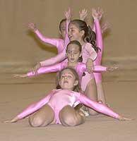 Exhibición de gimnasia rítmica infantil. (Foto: M. Álvarez)