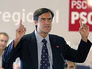 Juan Fernando López Aguilar durante su intervención en el comité regional del PSC-PSOE en Canarias. (Foto: EFE)