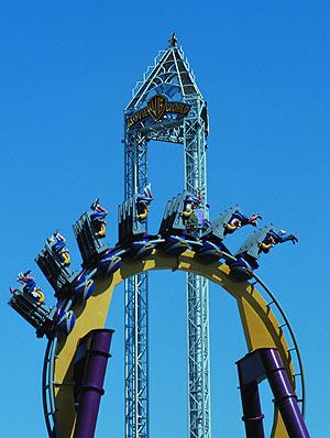 La atracción 'Stunt Fall' del Parque Warner. (Foto: EL MUNDO)