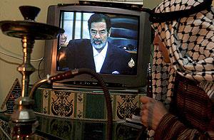 Los iraquíes siguen pendientes del futuro de Sadam. (Foto: EFE)