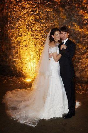 Tom Cruise y Katie Holmes, recién casados. (Foto: AP)