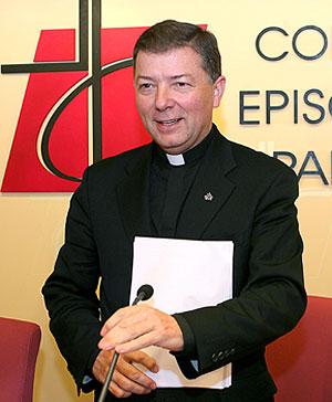 Martínez Camino ha presentado el documento a los medios de comunicación. (Foto: EFE)