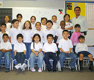 El profesor Joaquín Freire con sus alumnos de Houston. (Foto: Joaquín Freire)