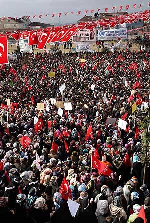 Vista de la plaza en Estambul escenario de la protesta. (Foto: AFP)