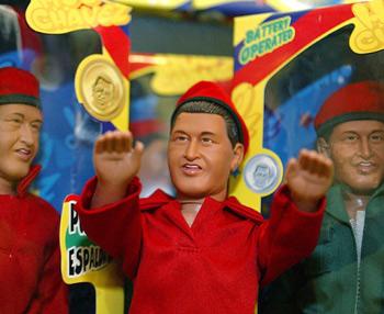 La miniatura del presidente va acompañada de su clásica gorra roja. (Foto: AFP)
