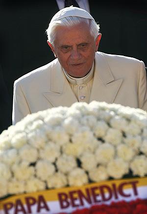 El Papa ha depositado una ofrenda floral en el mausoleo de Ataturk. (Foto: REUTERS)
