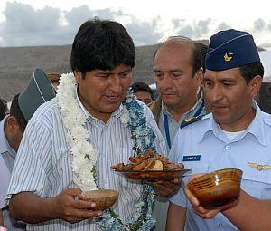 Morales espera al resto de líderes suramericanos en Cochabamba. (Foto: EFE)