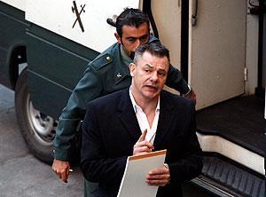 King a su llegada a los juzgados. (Foto: Jesús Domínguez)