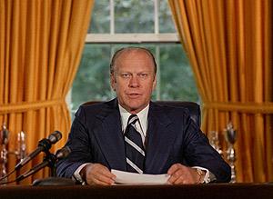 Gerald Ford exonera públicamente a su predecesor por el 'Watergate'. (Foto: AP)