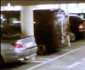 Imagen de la furgoneta captada por la cámara de seguridad. (Foto: EFE)
