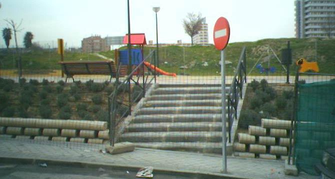 Parque infantil vallado (Foto: Juan José Carmena)