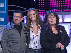Paula Vázquez, entre Mikel Herzog y Massiel. (Foto: TVE)