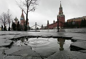 La Plaza Roja de Moscú, sin nieve. (Foto: AFP)