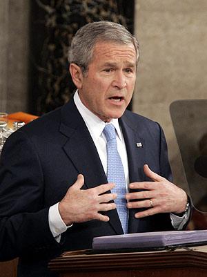 Bush durante su discurso ante el Congreso. (Foto: AP)