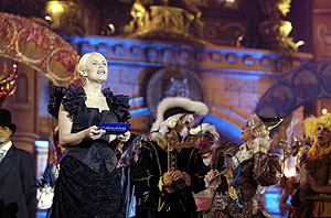 La actriz Antonio San Juan durante la gala. (Foto: EFE)