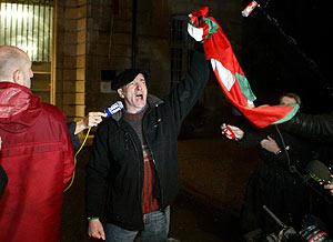 Philippe Bidart, a la salida de la prisión. (Foto: AFP)