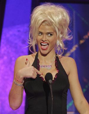 La conejita de Playboy Anna Nicole Smith será enterrada en Bahamas ... dc16e4894b