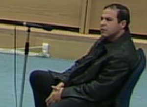 Nasredine Bousbaa durante su interrogatorio. (Foto: La Otra)