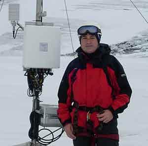 Francisco navarro, en la Antártida. (Foto: Juan Carlos García)