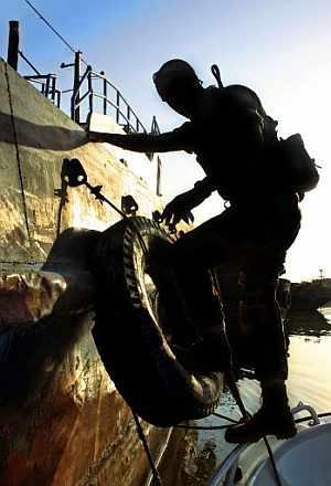 Imagen de archivo de un soldado británico cerca de la zona donde se ha producido la detención. (Foto: AP)