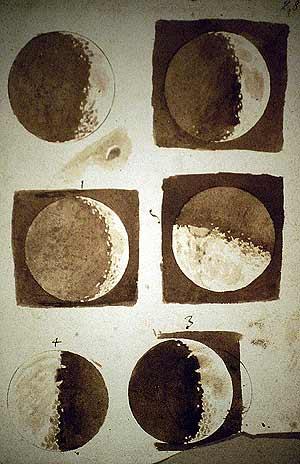 Otros de los bocetos del satélite. (Foto: EL MUNDO)