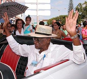 Faustino Oramas, en un homenaje en Cuba. (Foto: EFE)