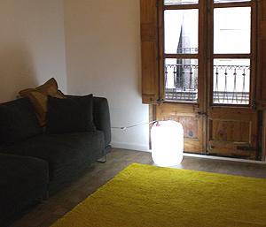 Bidón de plastico reconvertido en lámpara.