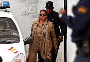 Isabel Pantoja, al abandonar el juzgado. (Foto: AP)