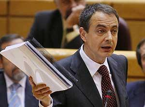 José Luis Rodríguez Zapatero en un momento de su intervención. (Foto: EFE)