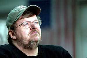 Fotografía de archivo fechada el 17 de enero de 2004 del cineasta estadounidense Michael Moore. (Foto: EFE)