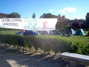 Campamento instalado en la Ciudad Universitaria de Madrid. (Foto: V DE VIVIENDA)