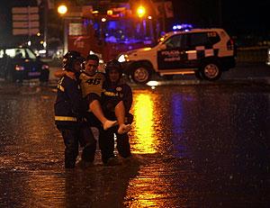 Rescate de una persona en Madrid. (Foto: Kike Para)