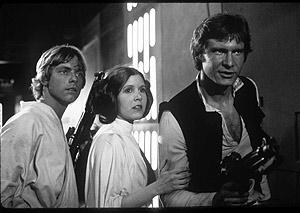Luke Skywalker, la princesa Leia y Han Solo en un fotograma de la película. (Foto: EL MUNDO)