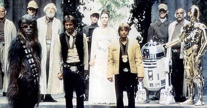 Los protagonistas del Episodio IV en un momento de la película. (Foto: EL MUNDO)