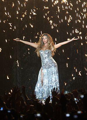 La artista estadounidense, durante su actuación en Madrid. (Foto: AFP)