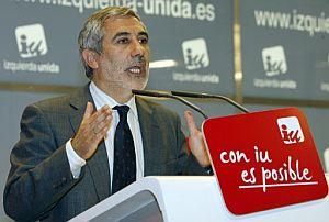 El coordinador general de IU, Gaspar Llamazares. (Foto: EFE)
