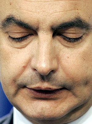 Zapatero, durante su intervención. (Foto: AP)