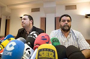 Barrena y Álvarez durante la rueda de prensa. (Foto: Justy)