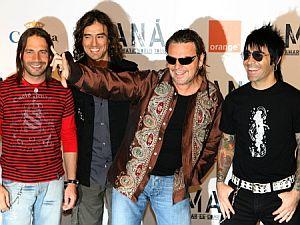 El grupo, en la presentación de la gira. (Foto: AFP)